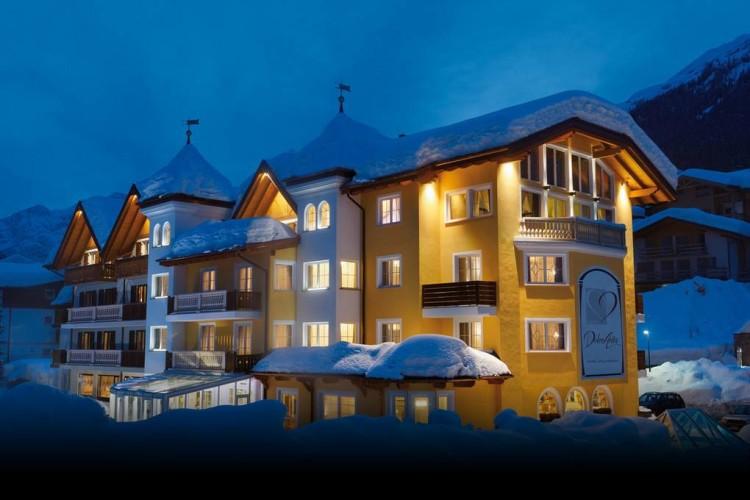 HOTEL  DOLCE  AVITA        (ANDALO)   (TN)