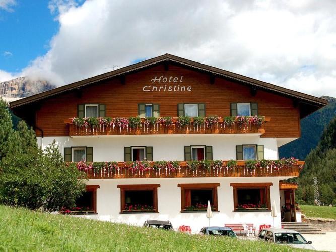 HOTEL  CHRISTINE       (CAMPITELLO DI FASSA)  (TN)