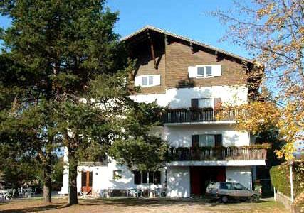 HOTEL  2  PINI             (BASELGA DI PINE')   (TN)