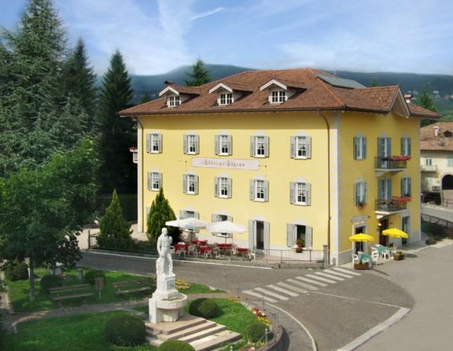 HOTEL LOCANDA  ALPINA     (BREZ)  (TN)