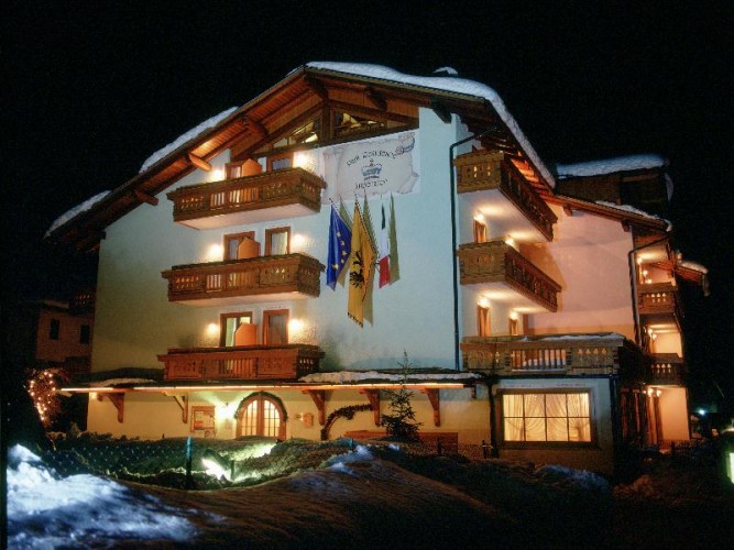 PARK  RESIDENCE  IMPERATOR                      (CARISOLO)  (TN)