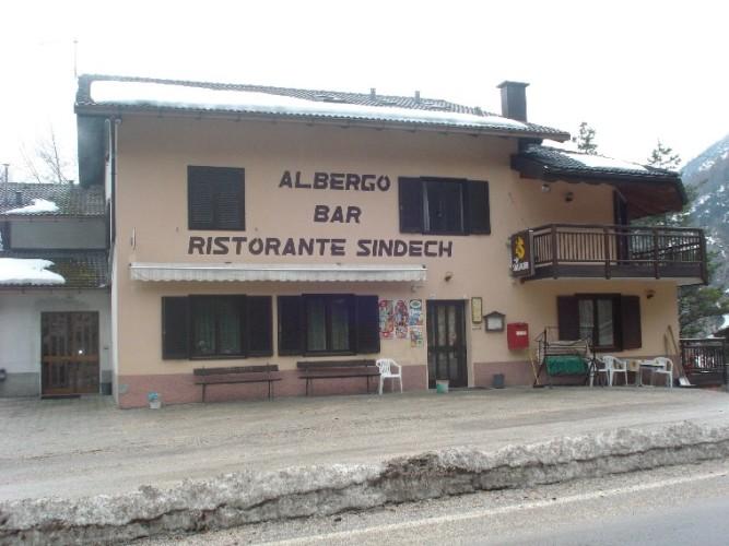 ALBERGO AL  SINDECH                                                                                    (CENTA SAN NICOLO') (TN)
