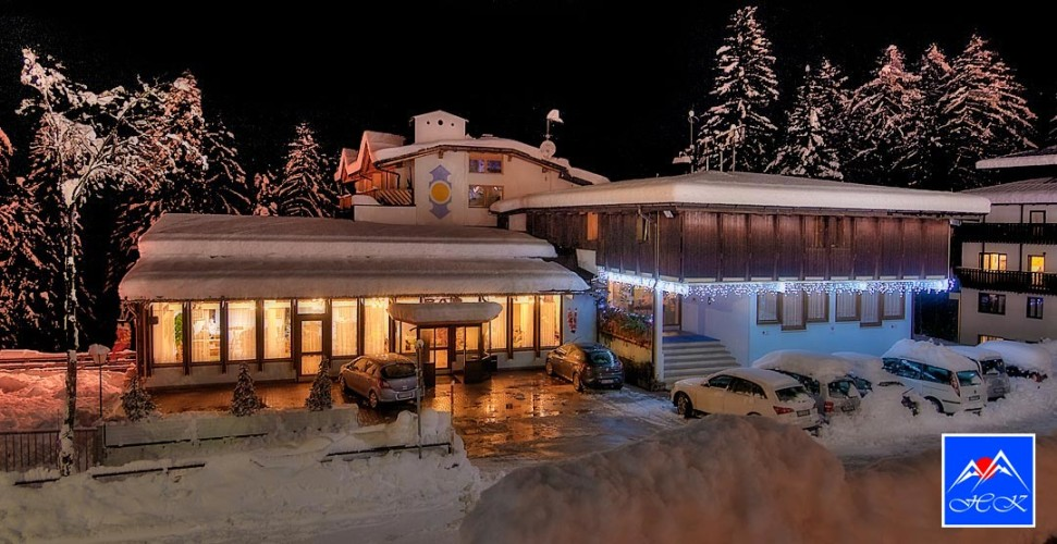 HOTEL  KAPRIOL                                                                                                          (FOLGARIDA) (TN)