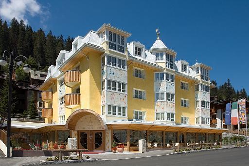 ALPEN  SUITE  HOTEL                                         (MADONNA DI CAMPIGLIO)  (TN)