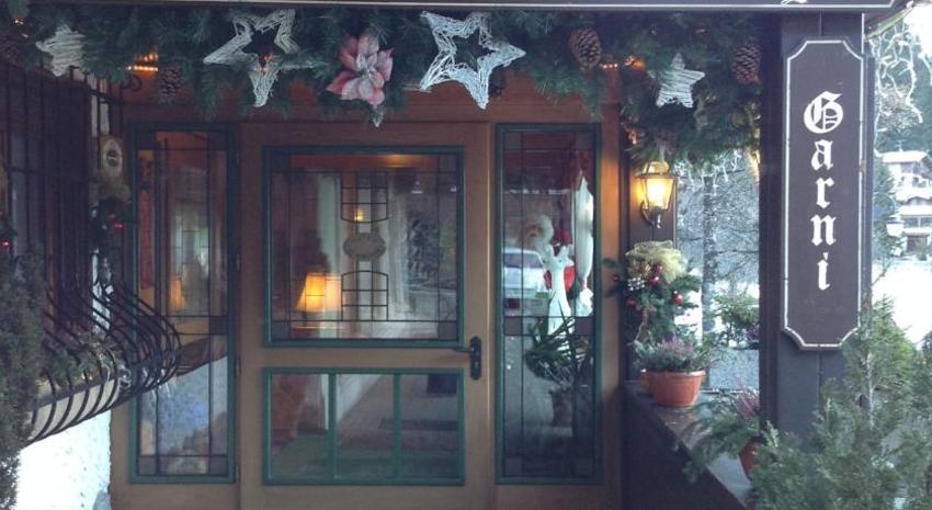 HOTEL GARNI' ST. HUBERTUS        (MADONNA DI CAMPIGLIO) (TN)