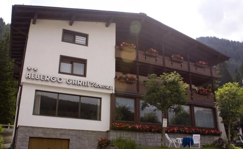 HOTEL GARNI' NORMA                                                                (MADONNA DI CAMPIGLIO)  (TN)