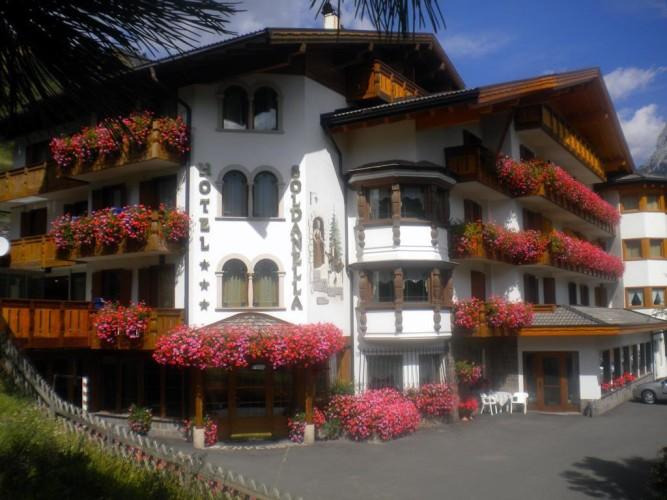 HOTEL  LA SOLDANELLA        (MOENA)   (TN)