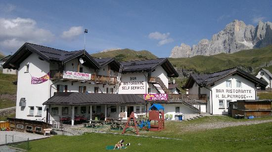 HOTEL  ALPENROSE                         (PASSO ROLLE)  (TN)