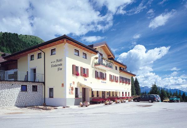 HOTEL PIZZO DEGLI UCCELLI                     (PASSO BROCON) (TN)