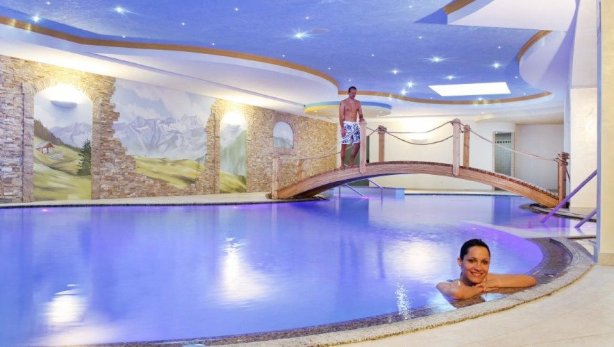 SPORTING   HOTEL                        (PASSO DEL TONALE)   (TN)