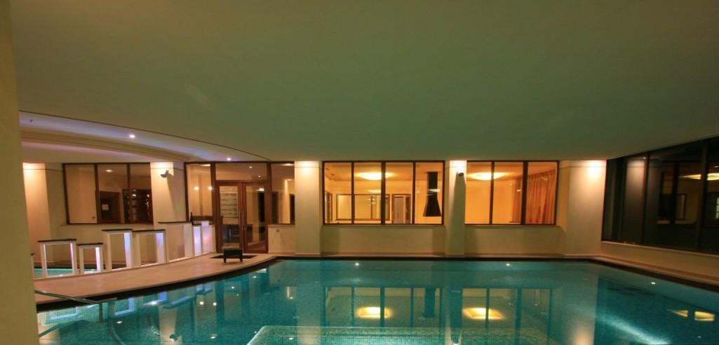 HOTEL RESIDENCE ANDA            (POZZA DI FASSA)  (TN)