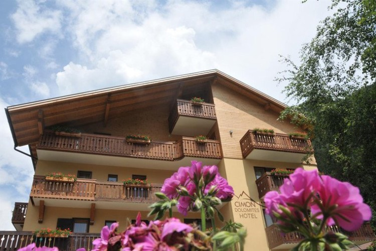 CIMON  DOLOMITES HOTEL     (PREDAZZO) (TN)