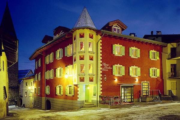 HOTEL CAVALLINO BIANCO     (RUMO)  (TN)