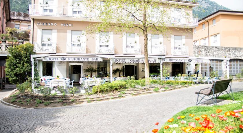 HOTEL GIARDINO VERDI                            (RIVA DEL GARDA) (TN)