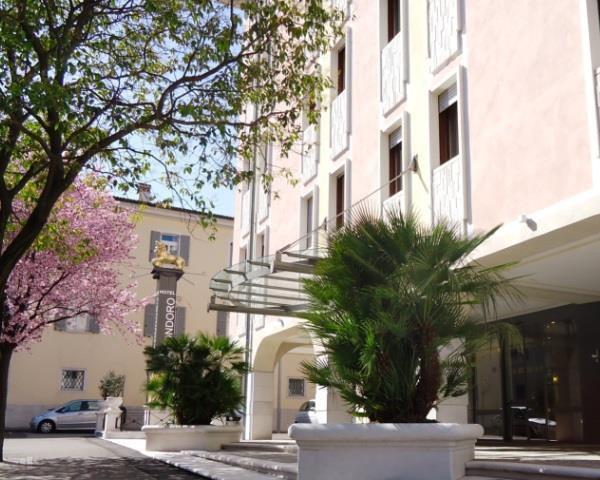 HOTEL GARNI' LEON D'ORO              (ROVERETO) (TN)