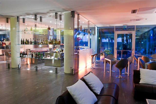 HOTEL MIRAGE             (RIVA DEL GARDA)   (TN)