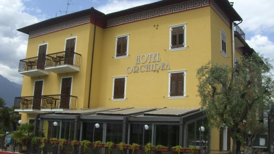 HOTEL GARNI' ORCHIDEA                (RIVA DEL GARDA)   (TN)