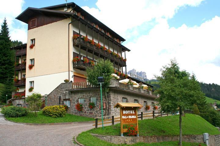 HOTEL VAL DI FASSA                  (SORAGA)   (TN)