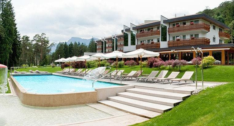 GRAND HOTEL Terme di Comano          (COMANO TERME)  (TN)