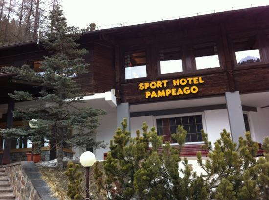 SPORT  HOTEL  PAMPEAGO         (PAMPEAGO - TESERO)   (TN)