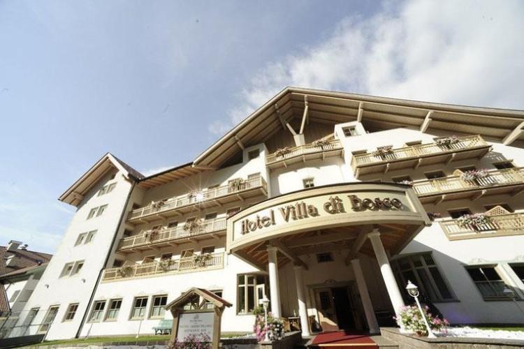 HOTEL VILLA DI BOSCO    (STAVA - TESERO)  (TN)