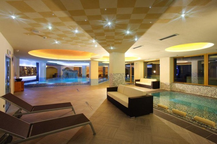 ASTORIA COMFORT HOTEL   (ANDALO)    (TN)