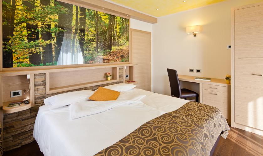 HOTEL SERENA      (ANDALO)   (TN)