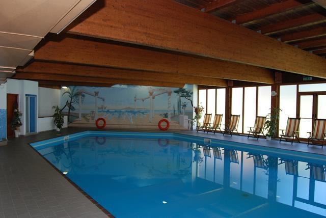 PARK  HOTEL  FEDORA     (CAMPITELLO DI FASSA)  (TN)