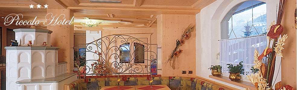 PICCOLO  HOTEL        (CANAZEI)  (TN)