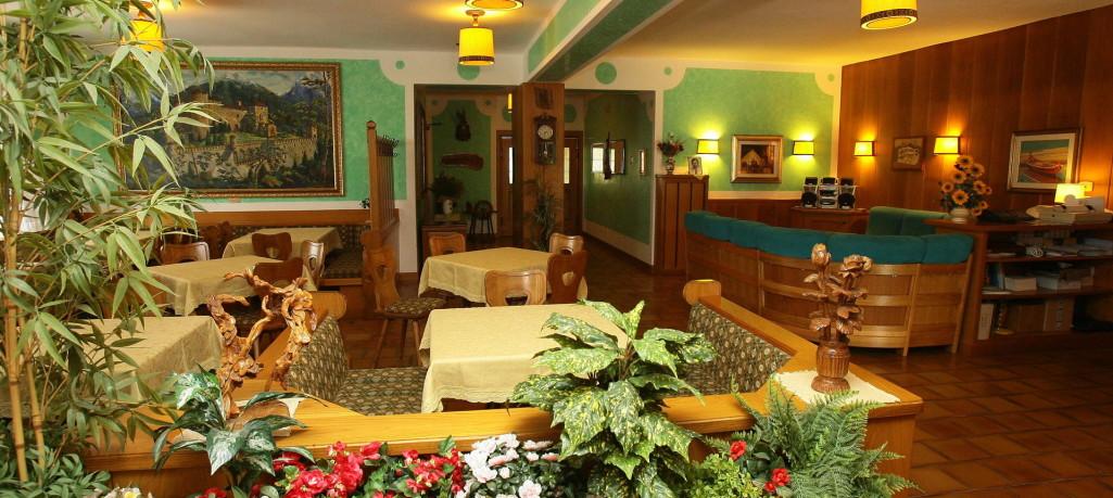 HOTEL ROSA  ALPINA                                                                                       (FIAVE')  (TN)