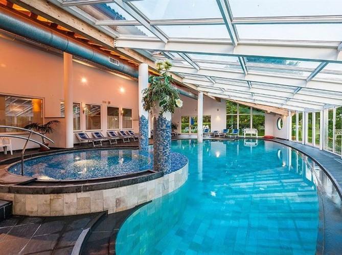 HOTEL  AL  SORRISO                                                              (LEVICO TERME)  (TN)