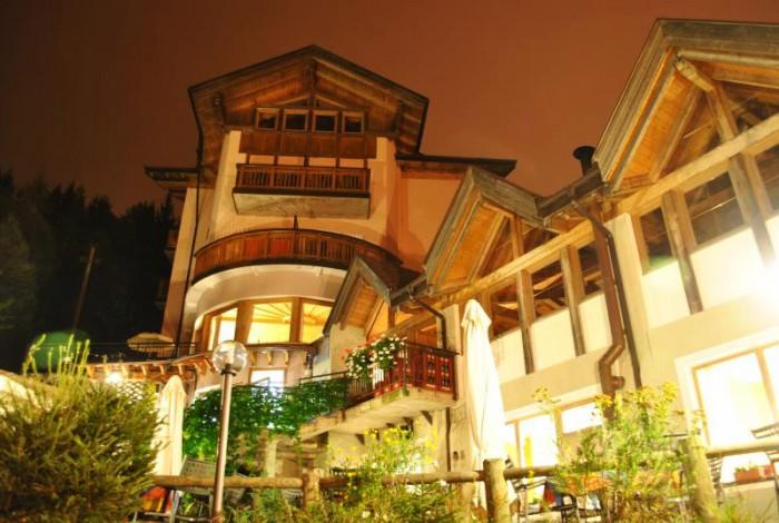 HOTEL LAGO SMERALDO                                                      (FONDO) (TN)