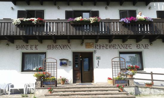 HOTEL MIGNON                                                                                                           (FOLGARIA)   (TN)