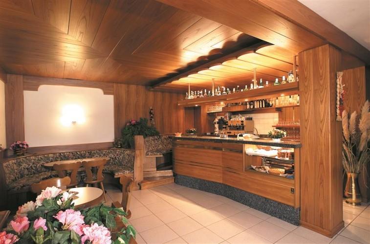 HOTEL MONTE RUST                                                                                        (LAVARONE) (TN)