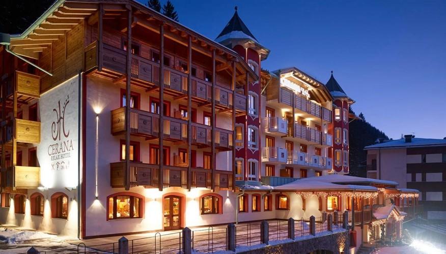 CERANA RELAX HOTEL        (MADONNA DI CAMPIGLIO)   (TN)