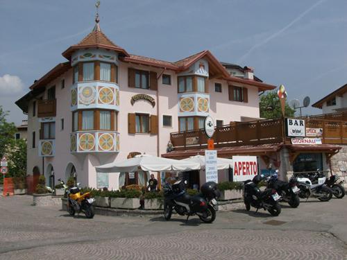 HOTEL GARNI' GIUSY           (MALOSCO) (TN)