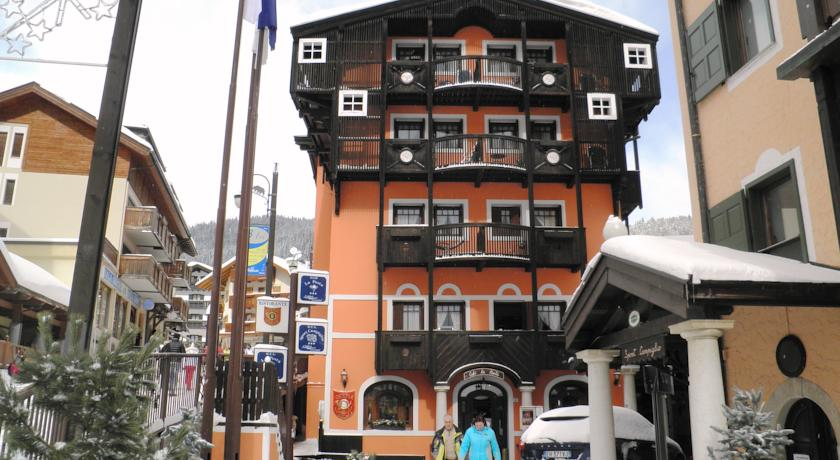 R.T.A. HOTEL POSTA          (MADONNA DI CAMPIGLIO)   (TN)