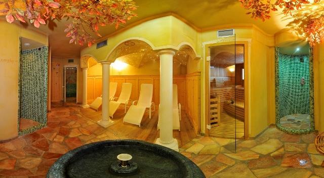 HOTEL ARISTON                   (MONCLASSICO) (TN)