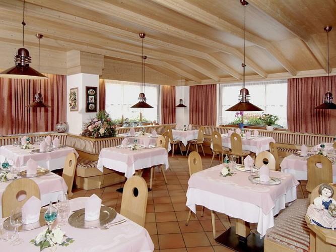 HOTEL CIAMPIAN (MOENA)   (TN)