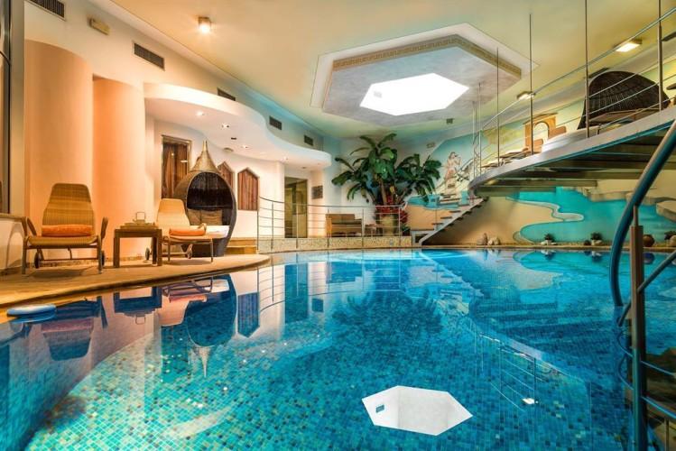 HOTEL MARIA (MOENA)    (TN)