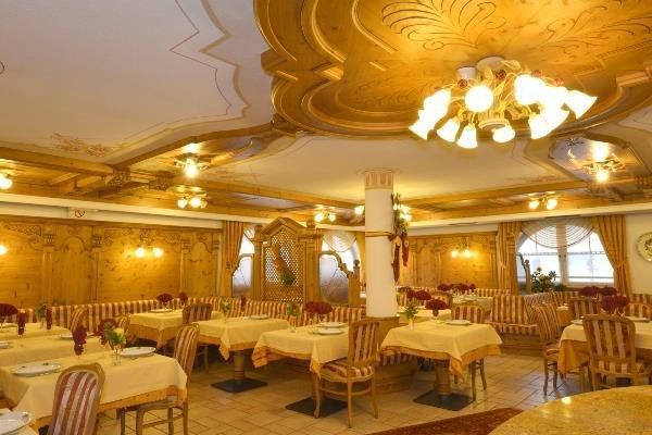 HOTEL LA TORRETTA                             (PASSO DEL TONALE)  (TN)