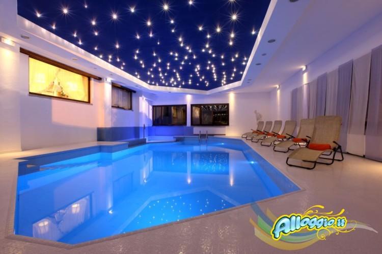 OLYMPIC  ROYAL  HOTEL                                                                  (GIUSTINO - PINZOLO) (TN)