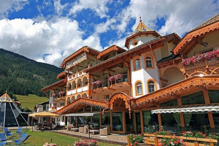HOTEL  RENE'             (POZZA DI FASSA)  (TN)