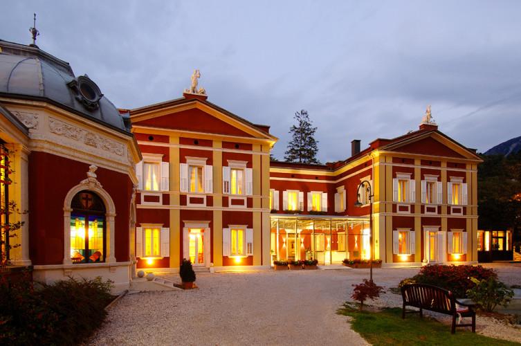HOTEL  VILLA  MADRUZZO          (TRENTO)  (TN)
