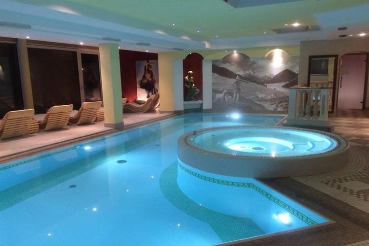 HOTEL  RENATO        (VIGO DI FASSA)  (TN)