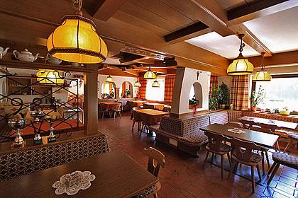 HOTEL B&B SAN GIOVANNI          (VIGO DI FASSA)  (TN)